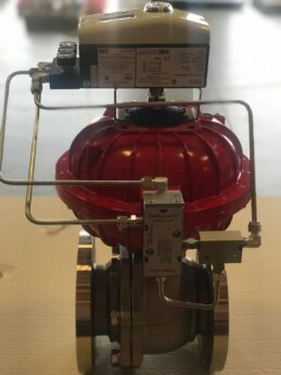 Photo by Easytork Automation Corporation: VAC D400 digital positioner with digital gauge block on an Easytork actuator
