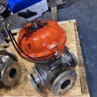 Photo by Easytork Automation: V200 with a full gauge set and red and green raised dome indicator