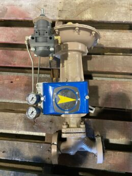 Photo by Satsuma Valve & Controls VAC 200E Positioner on a Cashco Series 989